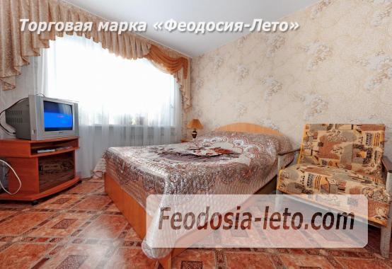 2-комнатная квартира в Феодосии, улица Степаняна, 57 - фотография № 1