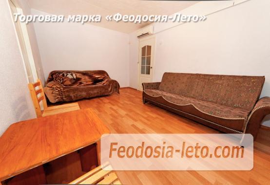 2-комнатная квартира в Феодосии, улица Чкалова, 82 - фотография № 1