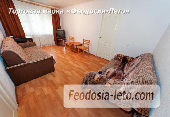 2-комнатная квартира в Феодосии, улица Чкалова, 82 - фотография № 3