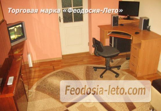 2 комнатная аккуратная квартира напротив торгового центра Аквамарин в Феодосии - фотография № 1