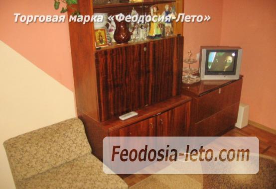 2 комнатная аккуратная квартира напротив торгового центра Аквамарин в Феодосии - фотография № 2