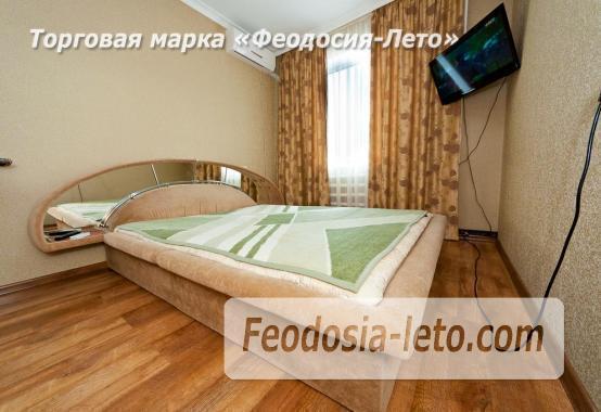 2 комнатная добротная квартира в Феодосии, улица Шевченко, 55 - фотография № 1