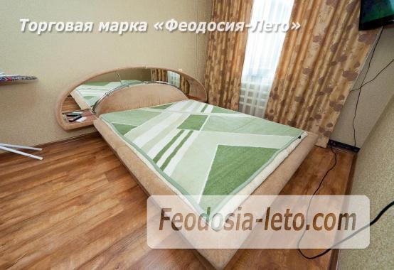 2 комнатная добротная квартира в Феодосии, улица Шевченко, 55 - фотография № 13