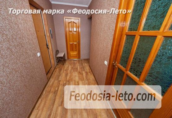 2 комнатная добротная квартира в Феодосии, улица Шевченко, 55 - фотография № 12