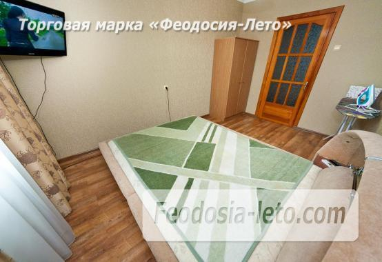 2 комнатная добротная квартира в Феодосии, улица Шевченко, 55 - фотография № 2