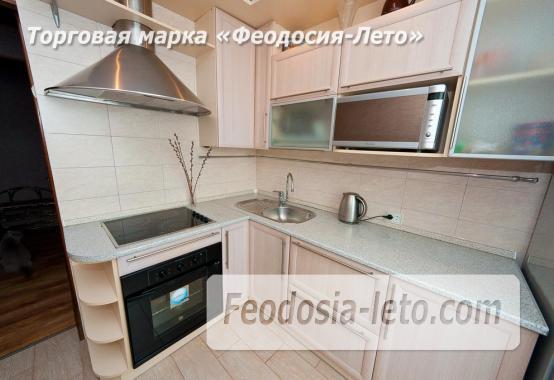 2 комнатная добротная квартира в Феодосии, улица Шевченко, 55 - фотография № 3