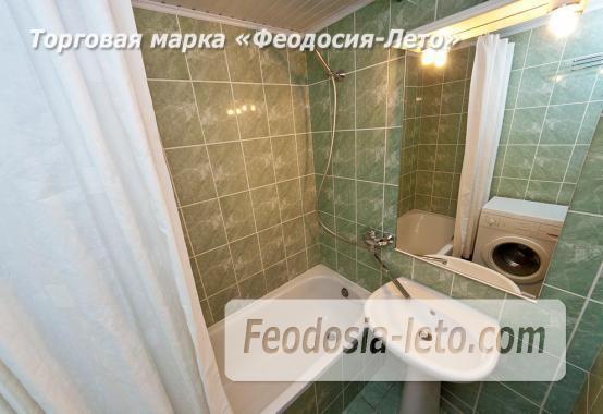 2 комнатная добротная квартира в Феодосии, улица Шевченко, 55 - фотография № 9