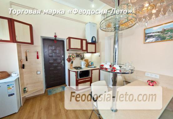 2 комнатная двухуровневая квартира в Феодосии, улица Федько, 6 - фотография № 2
