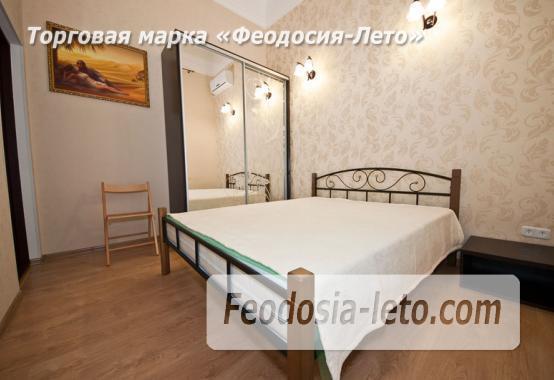 2 комнатная комфортабельная квартира в Феодосии, улица Русская, 38 - фотография № 1