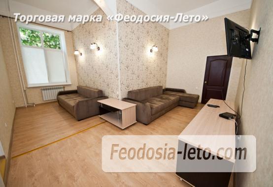 2 комнатная комфортабельная квартира в Феодосии, улица Русская, 38 - фотография № 2