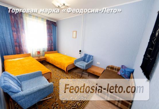 2 комнатная квартира в Феодосии, бульвар Старшинова, 23 - фотография № 3