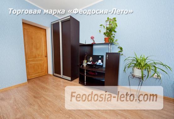 2 комнатная оригинальная квартира в Феодосии на бульваре Старшинова, 23 - фотография № 2