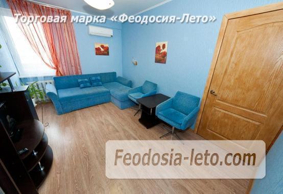 2 комнатная оригинальная квартира в Феодосии на бульваре Старшинова, 23 - фотография № 3