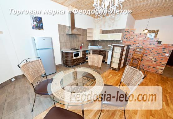 2 комнатная поразительная квартира на берегу моря в Феодосии, Черноморская набережная - фотография № 1