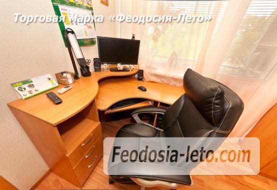 2 комнатная премилая квартира в Феодосии, бульвар Старшинова, 4 - фотография № 1