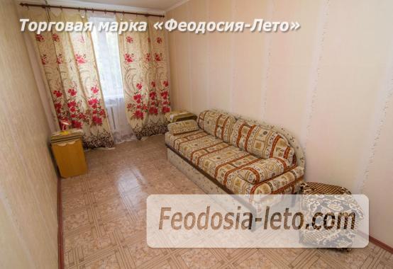 2 комнатная просторна квартира в Феодосии, улица Чкалова, 94 - фотография № 2