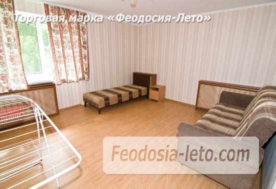 2 комнатная просторная квартира в Феодосии, бульвар Старшинова, 12 - фотография № 1