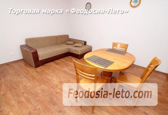 2 комнатная солидная квартира в Феодосии, бульвар Старшинова, 10-А - фотография № 1