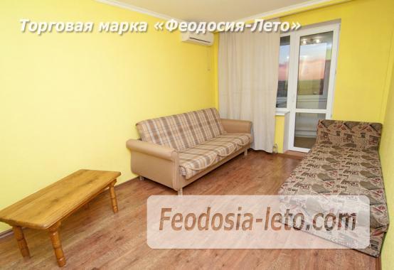 2 комнатная солидная квартира в Феодосии, бульвар Старшинова, 10-А - фотография № 3