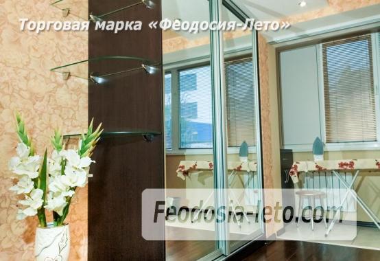 2 комнатная квартира в Феодосии, улица Горбачёва, 4 - фотография № 2