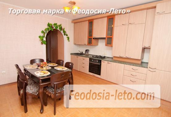 2 комнатная утонченная квартира в Феодосии, бульвар Старшинова, 8-Д - фотография № 1