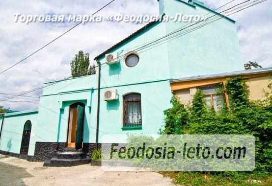 2 комнатный коттедж в Феодосии, улица Советская - фотография № 1