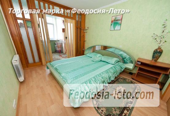 Феодосия 3-комнатная квартира длительно, улица Крымская, 84 - фотография № 1