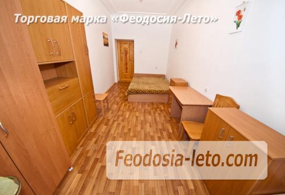 3 комнатная квартира в Феодосии, улица Карла Маркса, 41 - фотография № 6