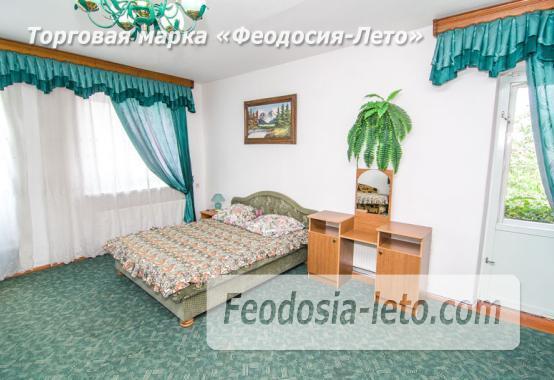 Частная мини гостиница с уютным двором на улице Советская в Феодосии - фотография № 8