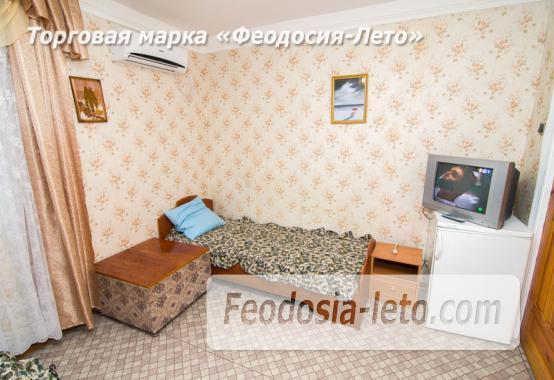 Частная мини гостиница с уютным двором на улице Советская в Феодосии - фотография № 24