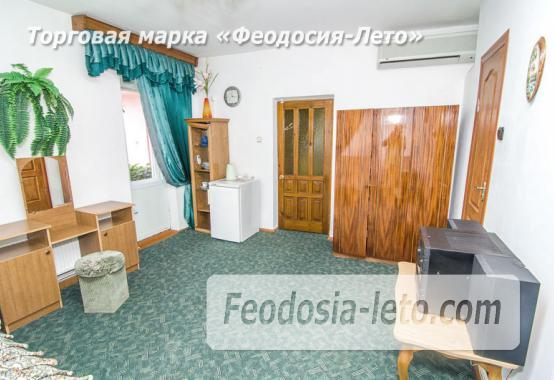Частная мини гостиница с уютным двором на улице Советская в Феодосии - фотография № 10
