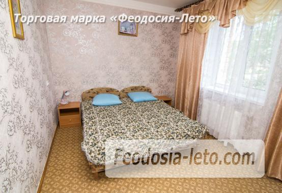 Частная мини гостиница с уютным двором на улице Советская в Феодосии - фотография № 4