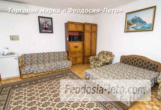 Частная мини гостиница с уютным двором на улице Советская в Феодосии - фотография № 11