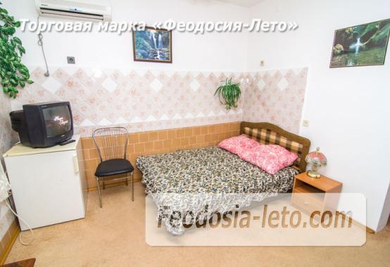 Частная мини гостиница с уютным двором на улице Советская в Феодосии - фотография № 17