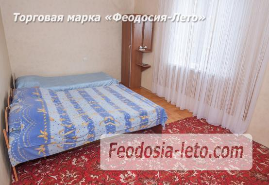 Частный отель в Феодосии рядом со стадионом, улица Чкалова - фотография № 11
