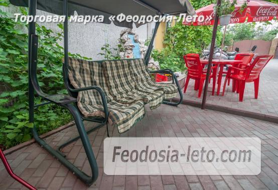 Частный отель в Феодосии рядом со стадионом, улица Чкалова - фотография № 5