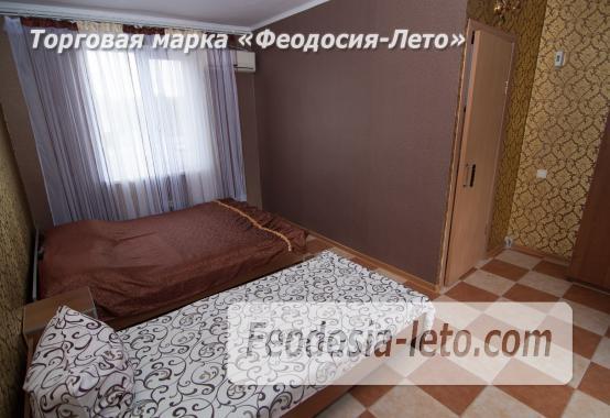 Частный отель в Феодосии рядом со стадионом, улица Чкалова - фотография № 7