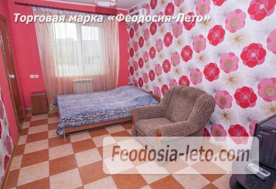 Частный отель в Феодосии рядом со стадионом, улица Чкалова - фотография № 14