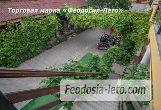 Частный отель в Феодосии рядом со стадионом, улица Чкалова - фотография № 18
