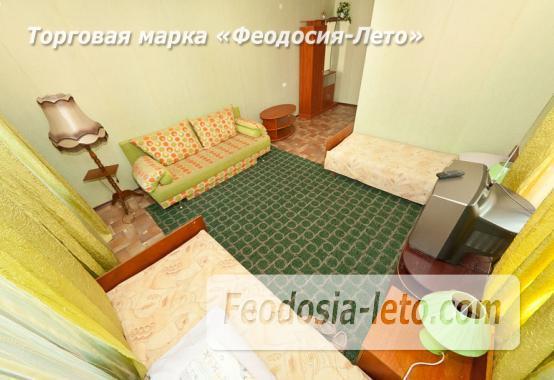 Частный сектор в Феодосии на улице К. Маркса - фотография № 9