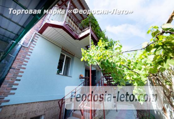 Частный сектор в Феодосии на берегу моря - фотография № 5
