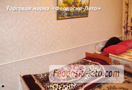 Частный сектор в Феодосии, Ближние камыши на улице Проездная - фотография № 19