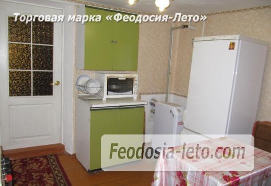 Частный сектор в Феодосии, Ближние камыши на улице Проездная - фотография № 7