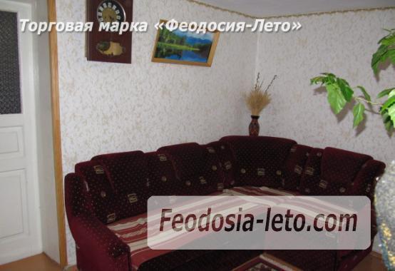 Частный сектор в Феодосии, Ближние камыши на улице Проездная - фотография № 3