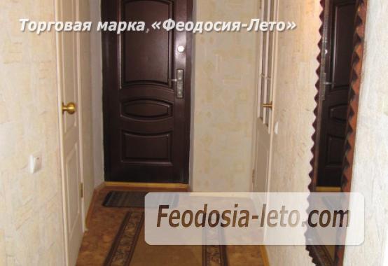 Частный сектор в Феодосии, Ближние камыши на улице Проездная - фотография № 10