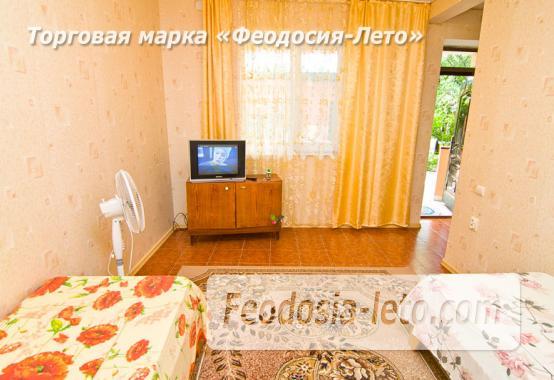 Частный сектор в Феодосии на улице Луначарского - фотография № 9