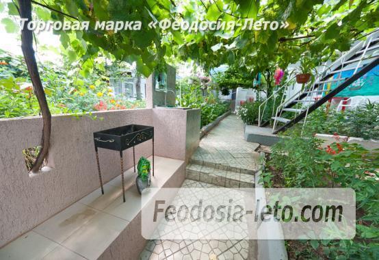 Частный сектор в Феодосии на улице Украинская - фотография № 14
