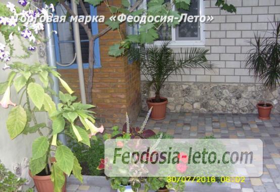 Частный сектор в г. Феодосия рядом с пляжем Жемчужный, улица 3-го Интернационала - фотография № 7