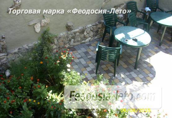 Частный сектор в г. Феодосия рядом с пляжем Жемчужный, улица 3-го Интернационала - фотография № 6
