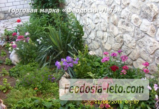 Частный сектор в г. Феодосия рядом с пляжем Жемчужный, улица 3-го Интернационала - фотография № 3